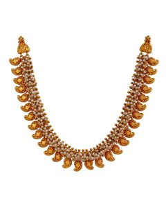 123VG3240 | Intricate Pearls and Mango Necklace