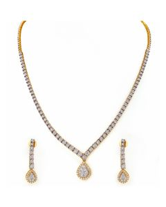 159VG2031 | Tear-Drop Diamond Necklace
