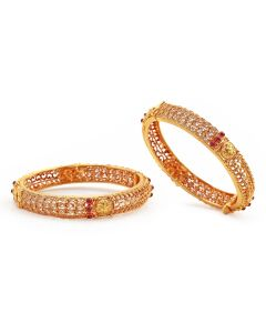 125VG488 | Tear Drop Ruby Antique Gold Bangles