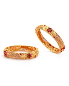 125VG490 | Exquisite Antique Gold Bangles with Rubies