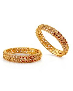 125VG511 | Cut Work Antique Gold Bangle With Rubies