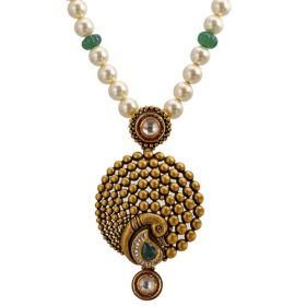 Cheerful Paisely Gold Necklace