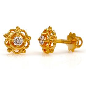 Floral Solitaire Diamond Studs