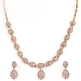 Akarsh Diamond Necklace Set
