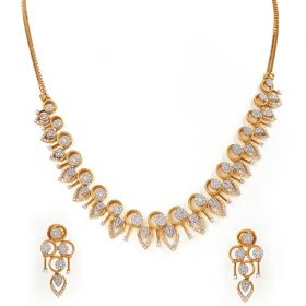 Enthralling Diamond Diamond Necklace