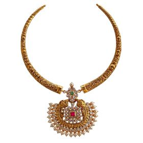 Artistic Kante Gold Necklace