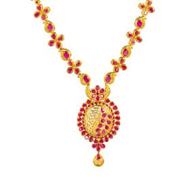 110MP3426   Clover Lined Ruby Necklace