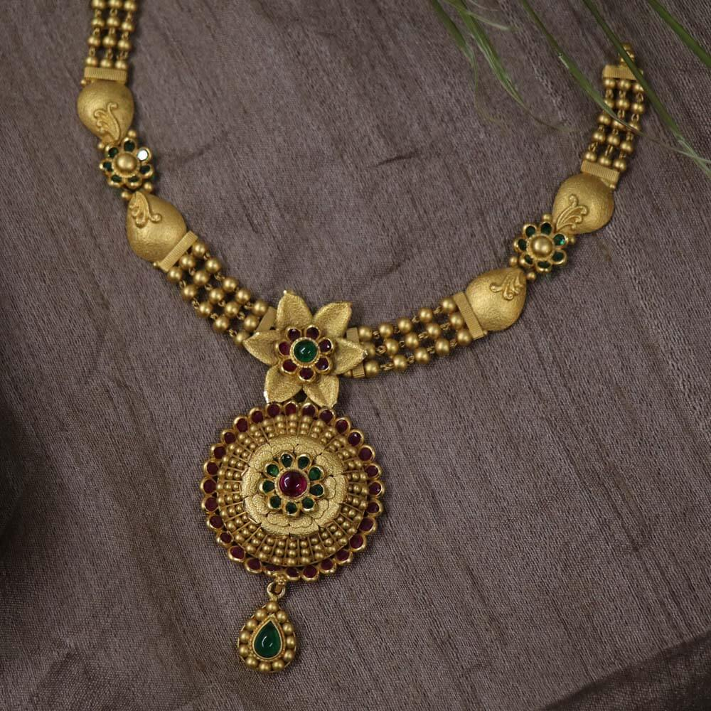 Vaibhav Jewellers Antique Gold Necklace 123VG3511_2